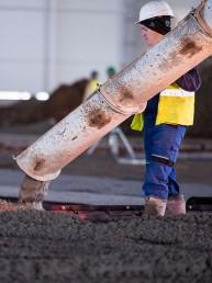betónové konštrukcie priemyselných podláh liaty betón